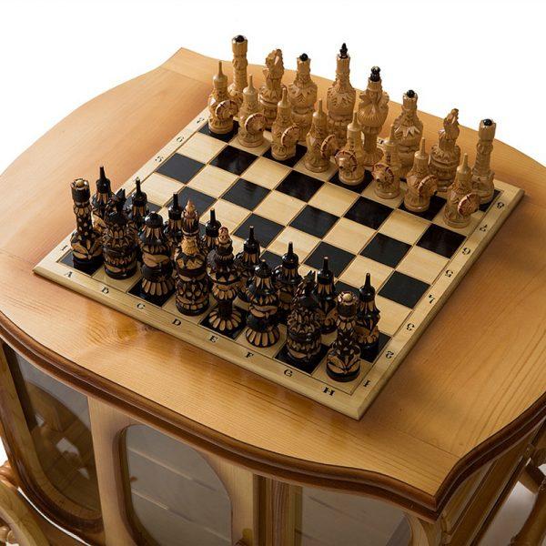 Стол шахматный с баром в виде кареты 8