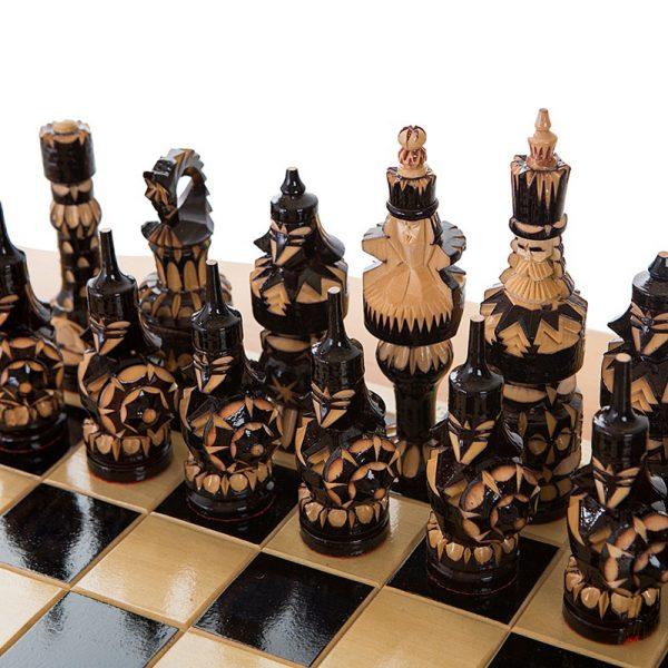 Стол шахматный с баром в виде кареты 1